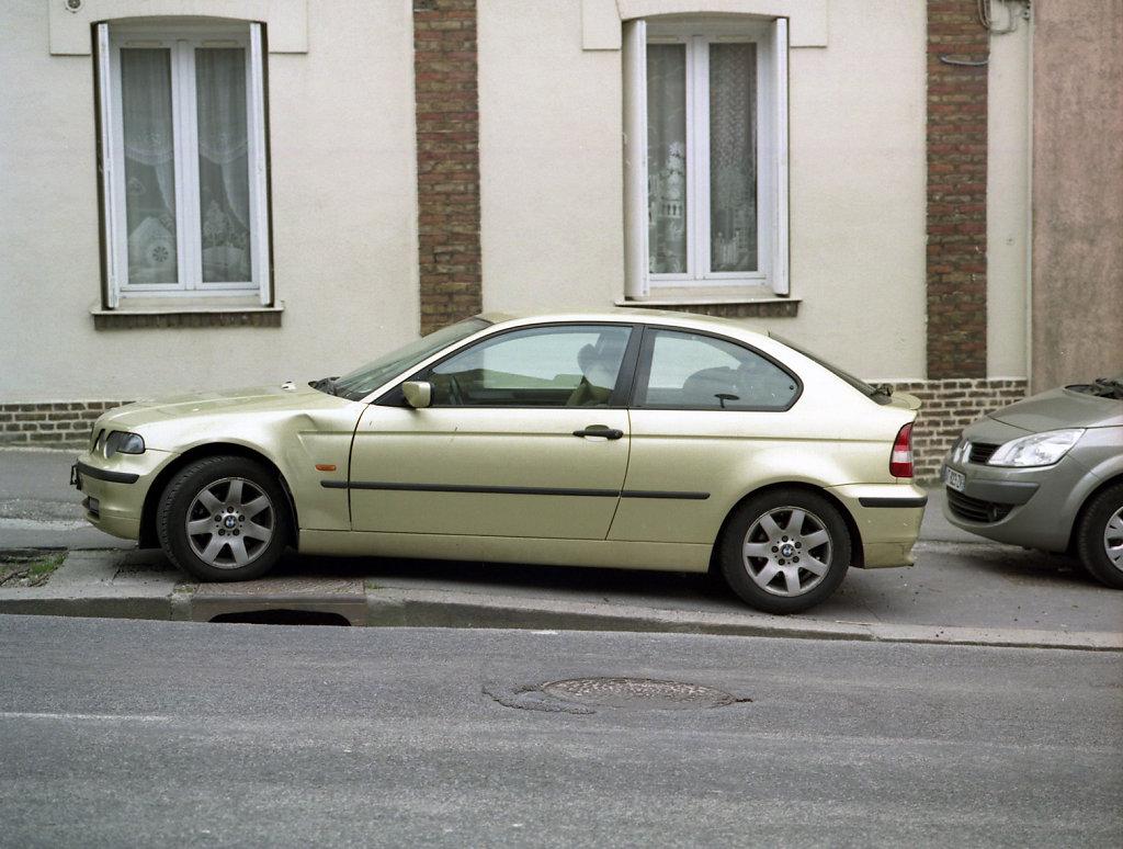 11 Ordinary Cars Series 2011