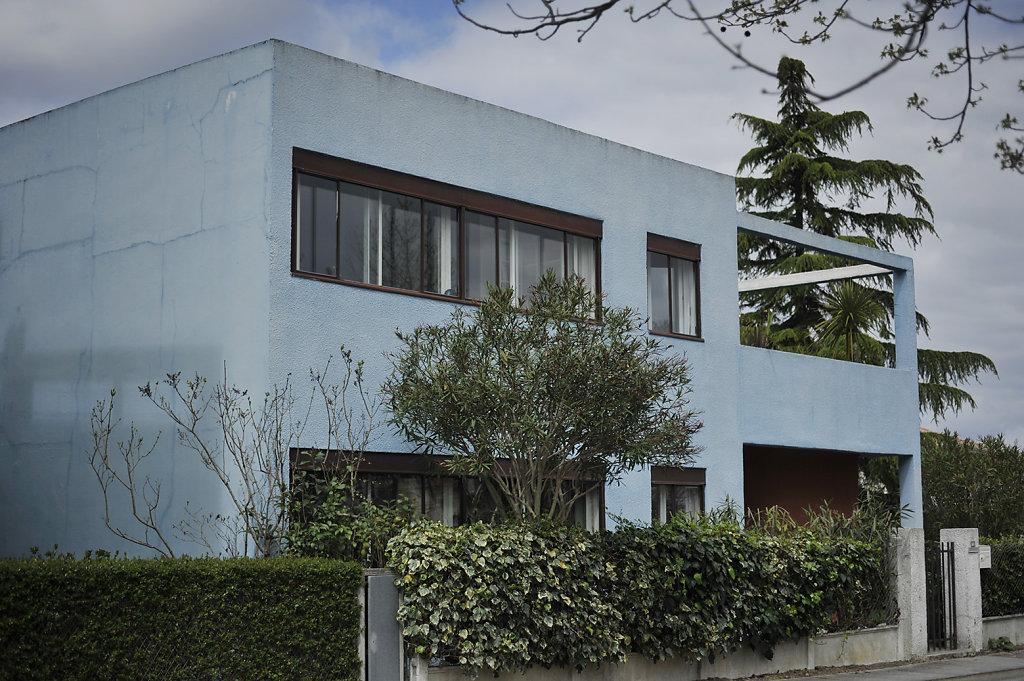 "A visit to the ""Quartiers Modernes Frugès"" housing development designed by Le Corbusier in Pessac in the 1920's Bordeaux April 2016"